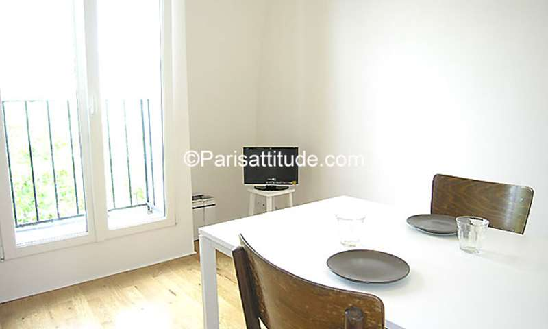 Rent Apartment Studio 20m² boulevard Voltaire, 75011 Paris