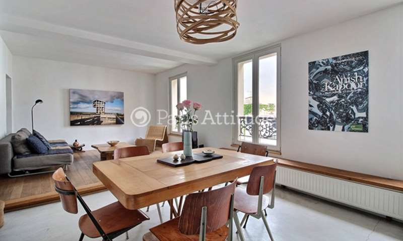 Rent Apartment 2 Bedroom 53m² rue Andre Barsacq, 75018 Paris