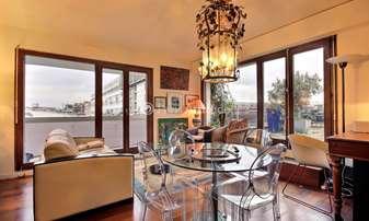Rent Apartment 1 Bedroom 40m² rue Mornay, 4 Paris