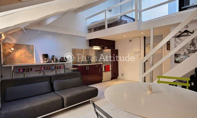 Rent Duplex 1 Bedroom 35m² rue de Sevres, 75007 Paris