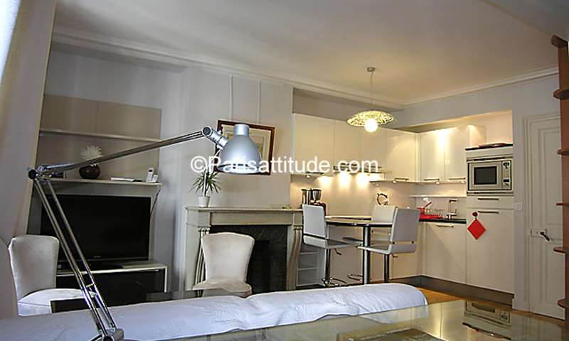 Rent Apartment 1 Bedroom 40m² rue Godot de Mauroy, 9 Paris