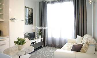 Location Appartement Studio 19m² rue de Vaugirard, 15 Paris