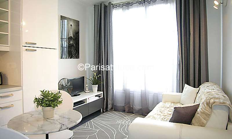 Location Appartement Studio 19m² rue de Vaugirard, 15 Paris