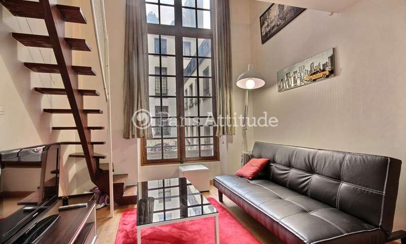 Location Appartement Studio 15m² rue Vieille du Temple, 4 Paris