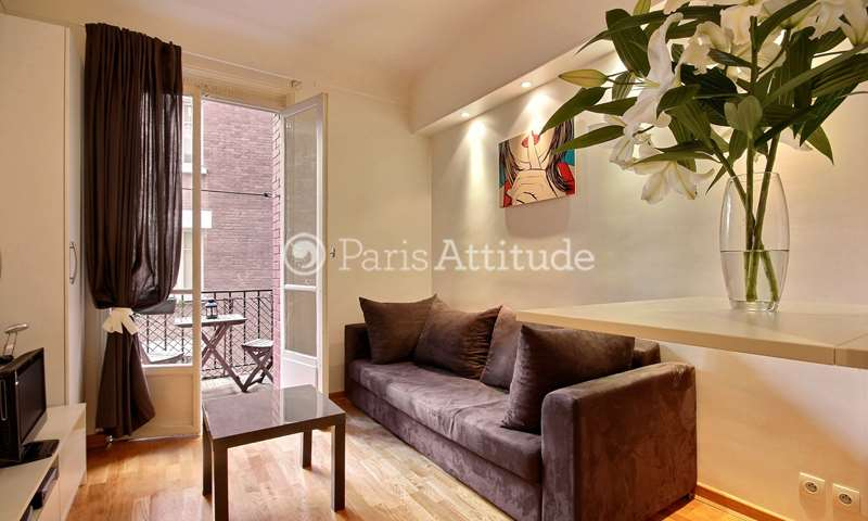 Rent Apartment Studio 20m² rue Caulaincourt, 75018 Paris