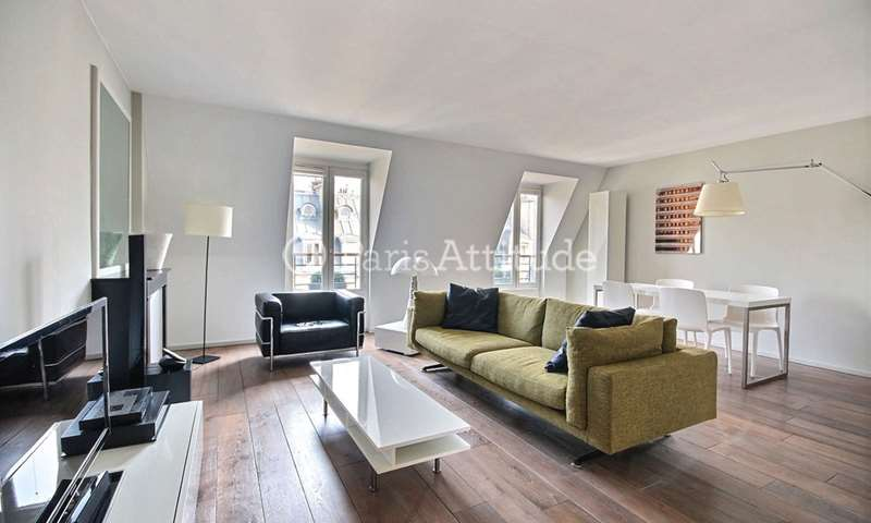 Rent Apartment 2 Bedrooms 82m² rue Alphonse de Neuville, 17 Paris