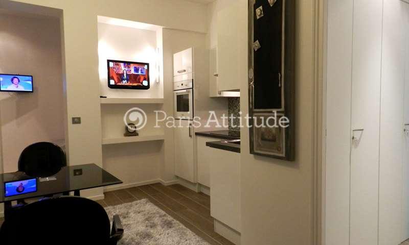Location Appartement 1 Chambre 21m² avenue des Champs elysees, 8 Paris