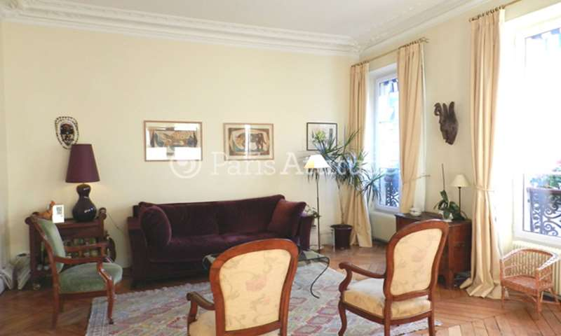 Location Appartement 1 Chambre 75m² avenue Parmentier, 75011 Paris