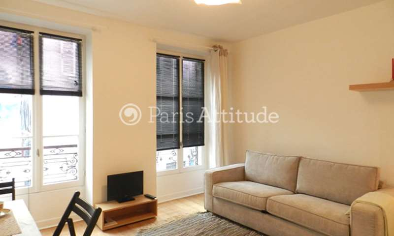Rent Apartment Studio 22m² rue Tholoze, 75018 Paris