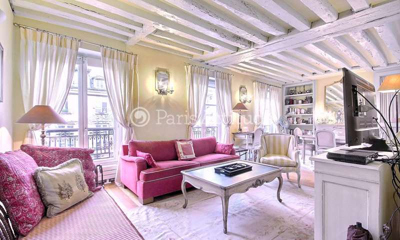 Rent Apartment 2 Bedroom 84m² rue des Archives, 75003 Paris