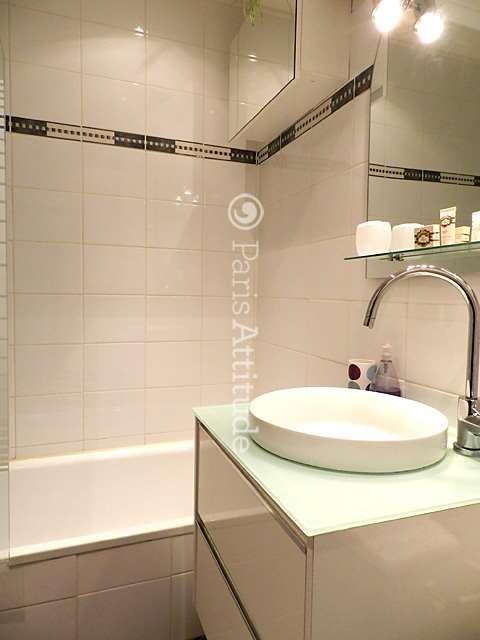 louer un appartement paris 75019 60m buttes chaumont la villette ref 8124. Black Bedroom Furniture Sets. Home Design Ideas