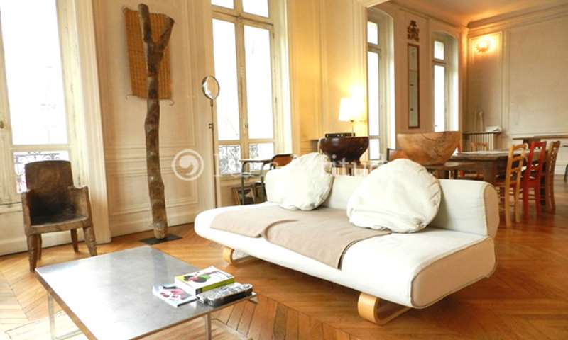 Rent Apartment 1 Bedroom 115m² boulevard Saint Michel, 6 Paris