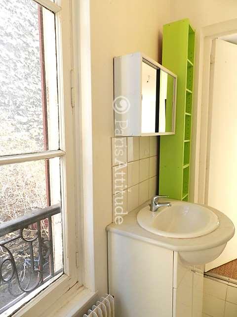 louer un appartement paris 75020 28m belleville buttes chaumont ref 8170. Black Bedroom Furniture Sets. Home Design Ideas