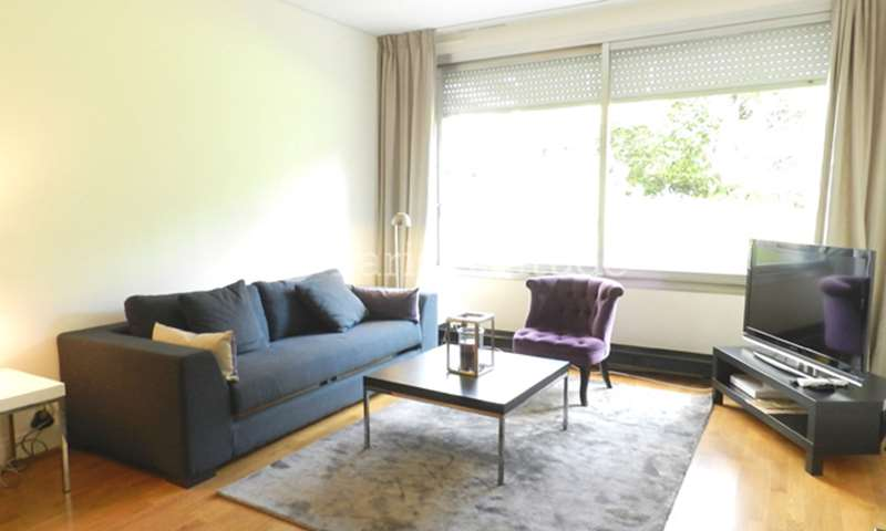 Rent Apartment 1 Bedroom 60m² rue des Sablons, 16 Paris