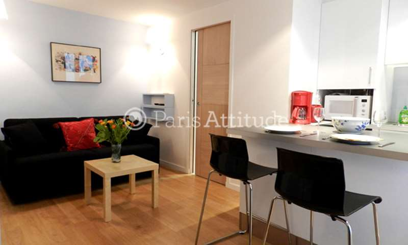 Rent Apartment Studio 20m² rue de Duras, 8 Paris