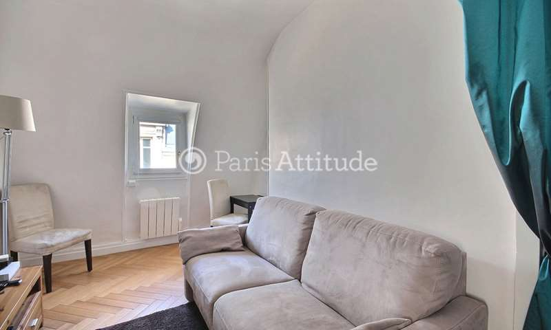 Rent Apartment 1 Bedroom 34m² rue Favart, 2 Paris