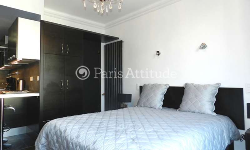 Rent Apartment Studio 26m² rue Troyon, 17 Paris