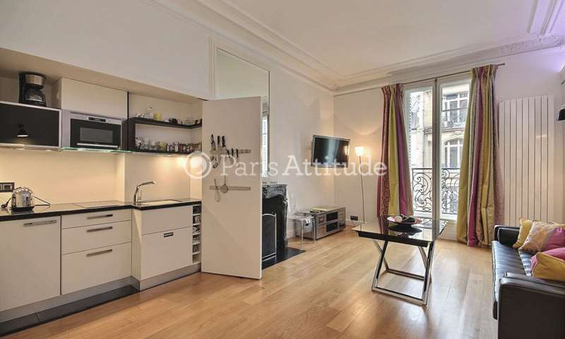 Rent Apartment 1 Bedroom 45m² rue La Boetie, 75008 Paris