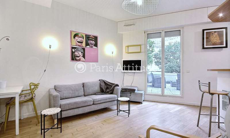 Rent Apartment Studio 30m² rue Houdon, 18 Paris