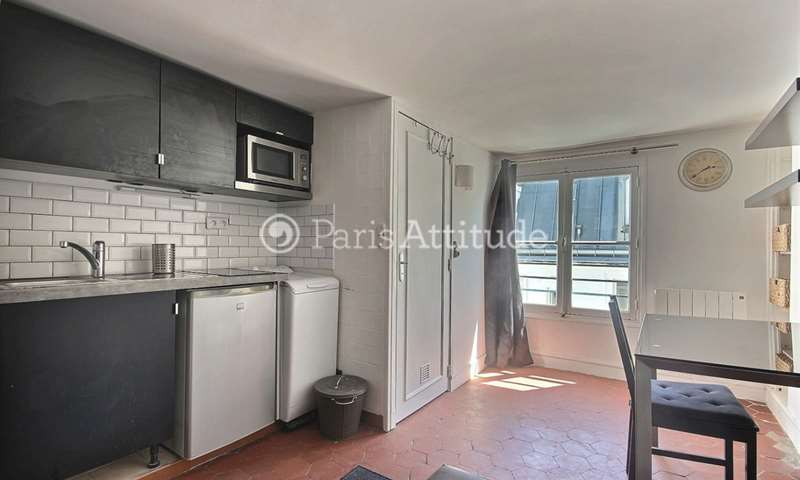 Rent Apartment Studio 17m² rue La Fayette, 9 Paris
