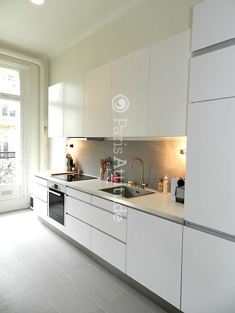 Rent loft in paris 75008 55m parc monceau ref 8432 for Alcove studio