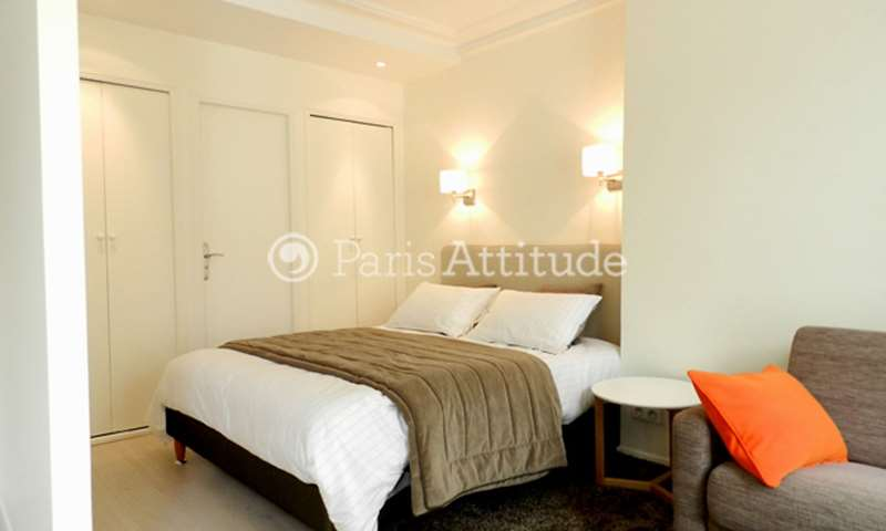 Rent Apartment Alcove Studio 29m² passage Jean Nicot, 7 Paris