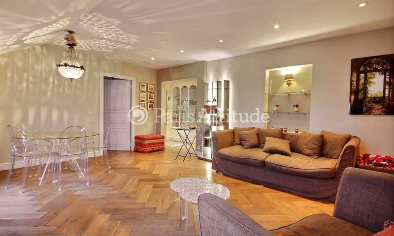 Rent Apartment 2 Bedroom 70m² rue de Bourgogne, 75007 Paris