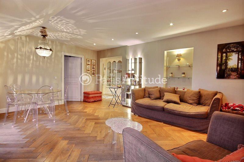 Rent furnished Apartment 2 Bedrooms 70m² rue de Bourgogne, 75007 Paris