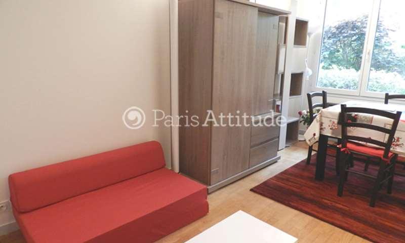 Location Appartement Studio 27m² rue de Charenton, 75012 Paris