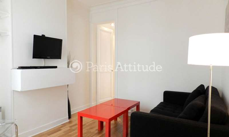 Location Appartement 1 Chambre 25m² rue Lucien Sampaix, 75010 Paris