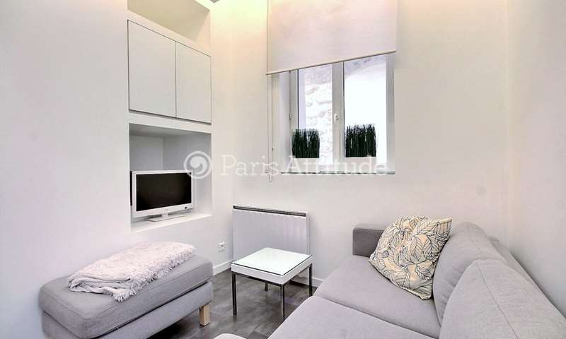 Rent Duplex 1 Bedroom 21m² rue du Temple, 75004 Paris