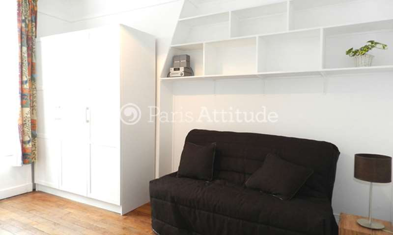 Rent Apartment Studio 18m² rue des Tournelles, 75003 Paris