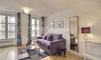 Rent Apartment Studio 32m² rue de Grenelle, 7 Paris