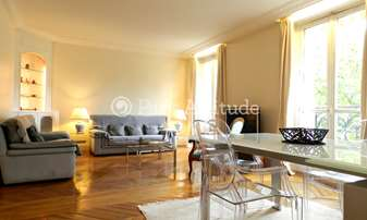 Location Appartement 2 Chambres 79m² boulevard Diderot, 12 Paris