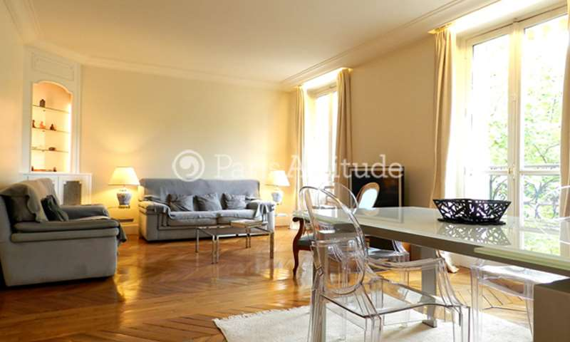 Rent Apartment 2 Bedrooms 79m² boulevard Diderot, 75012 Paris