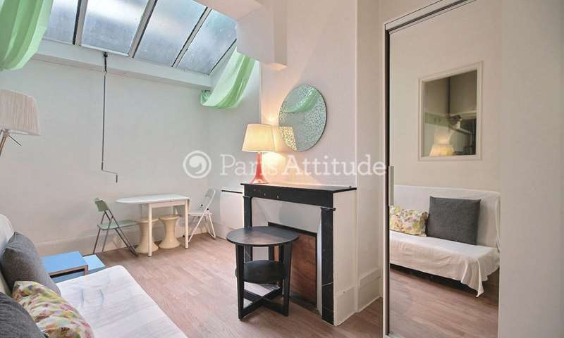 Rent Apartment Studio 21m² rue de Maubeuge, 9 Paris