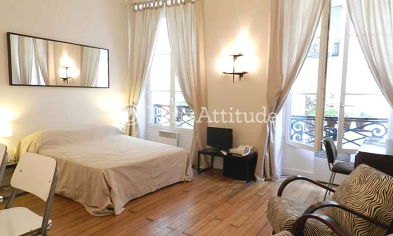 Location Appartement Studio 25m² rue des ecouffes, 75004 Paris