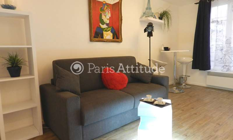 Rent Apartment Studio 19m² rue de Clignancourt, 75018 Paris