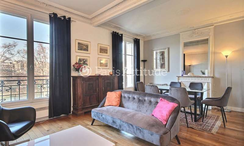 Rent Apartment 2 Bedrooms 70m² quai de Grenelle, 15 Paris