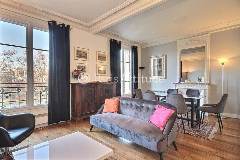 Rent furnished Apartment 2 Bedrooms 70m² quai de Grenelle, 75015 Paris