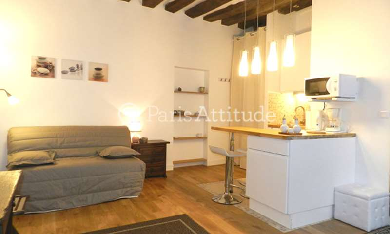 Rent Apartment Studio 21m² rue Notre Dame de Nazareth, 75003 Paris