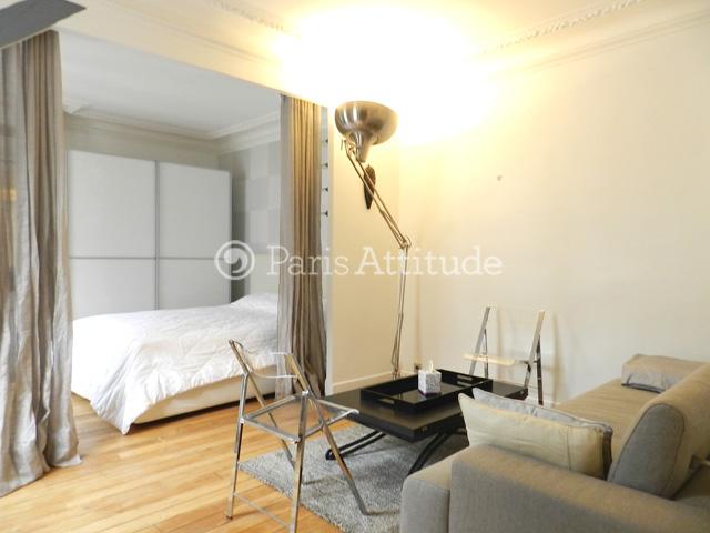 Rent apartment in paris 75016 30m trocadero ref 8859 for Alcove studio