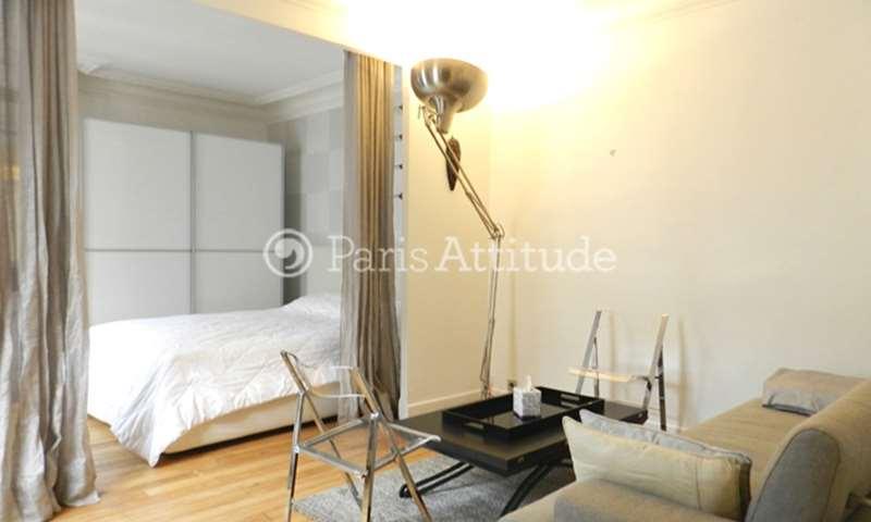 Location appartement victor hugo paris attitude for Alcove studio