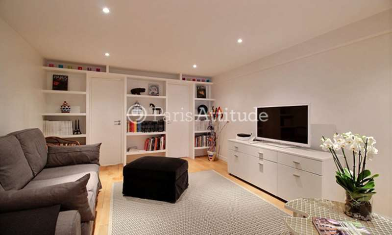 Location Appartement Studio 35m² rue Dauphine, 75006 Paris