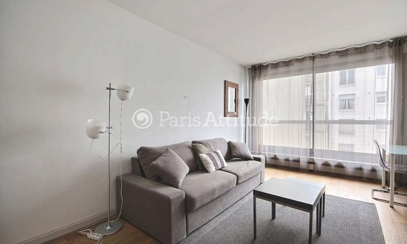 Location Appartement Studio 28m² rue de Lourmel, 15 Paris