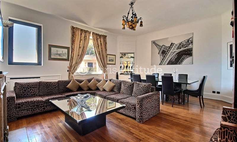 Rent Apartment 2 Bedrooms 102m² boulevard Suchet, 16 Paris