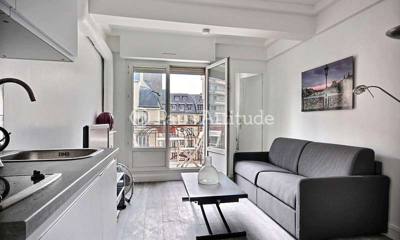 Rent Apartment Studio 20m² boulevard Gouvion Saint Cyr, 17 Paris