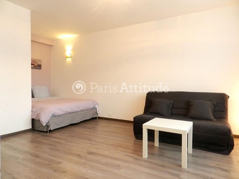 Louer un appartement paris 75019 29m canal de l ourcq for Appartement atypique 75019
