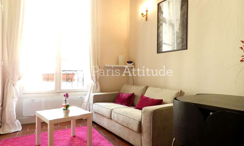 Rent Apartment Studio 21m² rue Saint Martin, 4 Paris