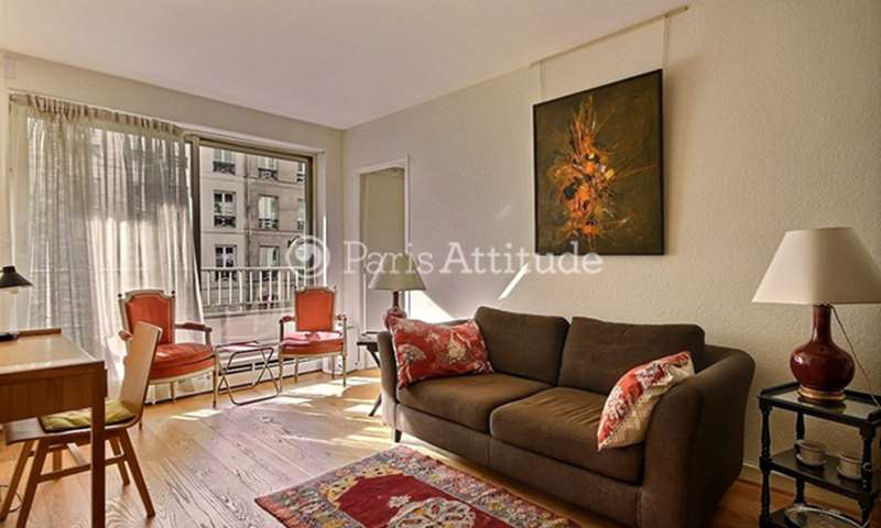 Rent Apartment 1 Bedroom 40m² rue Amelot, 75011 Paris